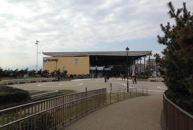 新江ノ島水族館遠景